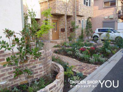 ハーブをメインに香る庭。