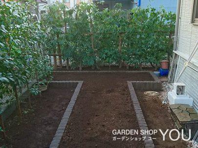 1段高くなった菜園は使いやすく。